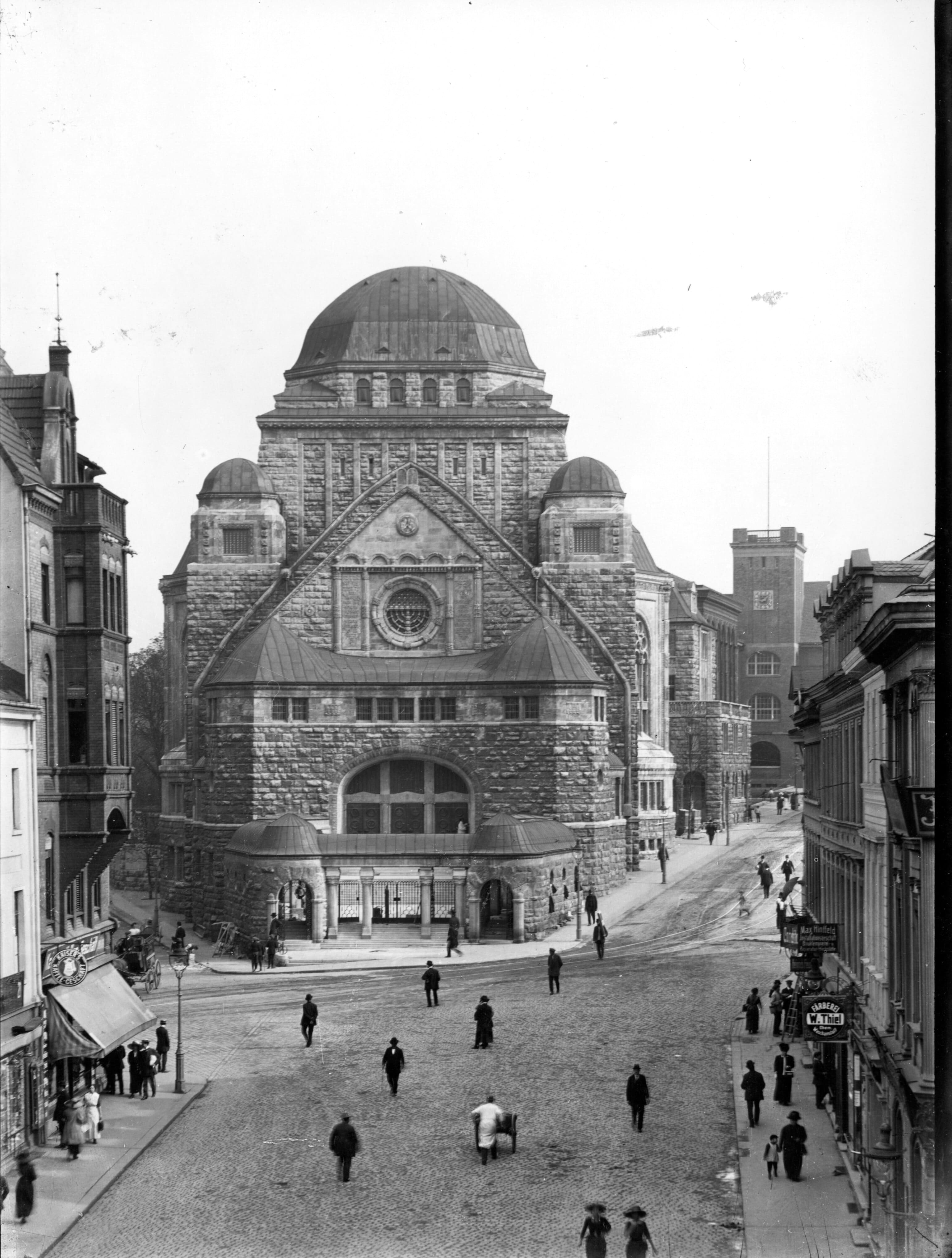 Essen synagogue historical photograph around 1913 city archive