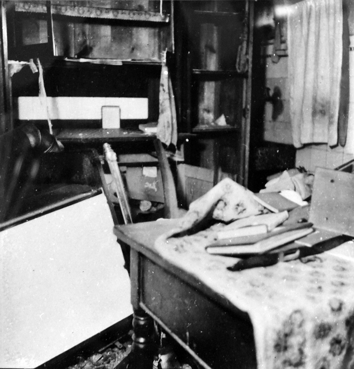 destroyed apartment of a Jewish family