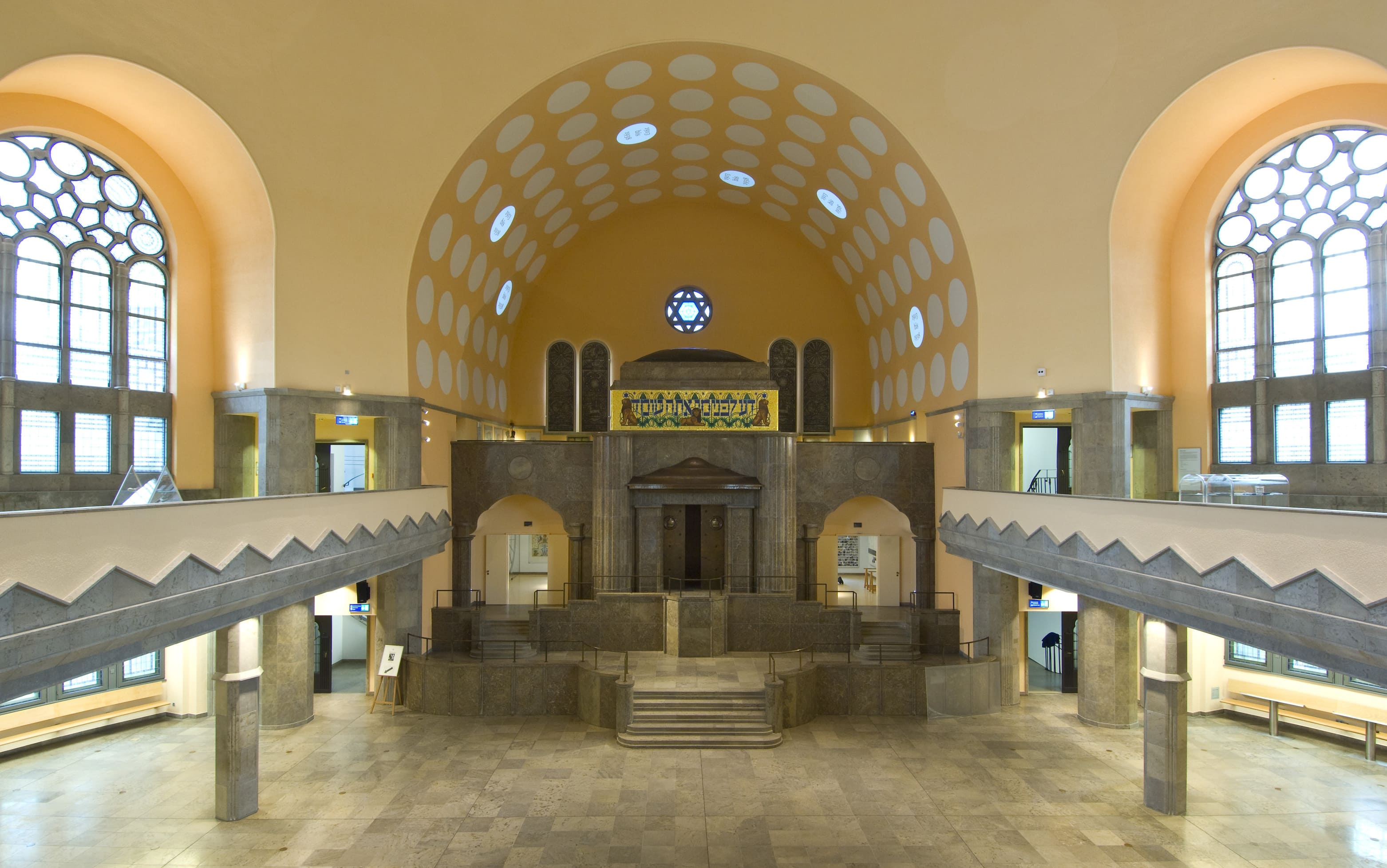 The Old Synagogue as House of Jewish Culture