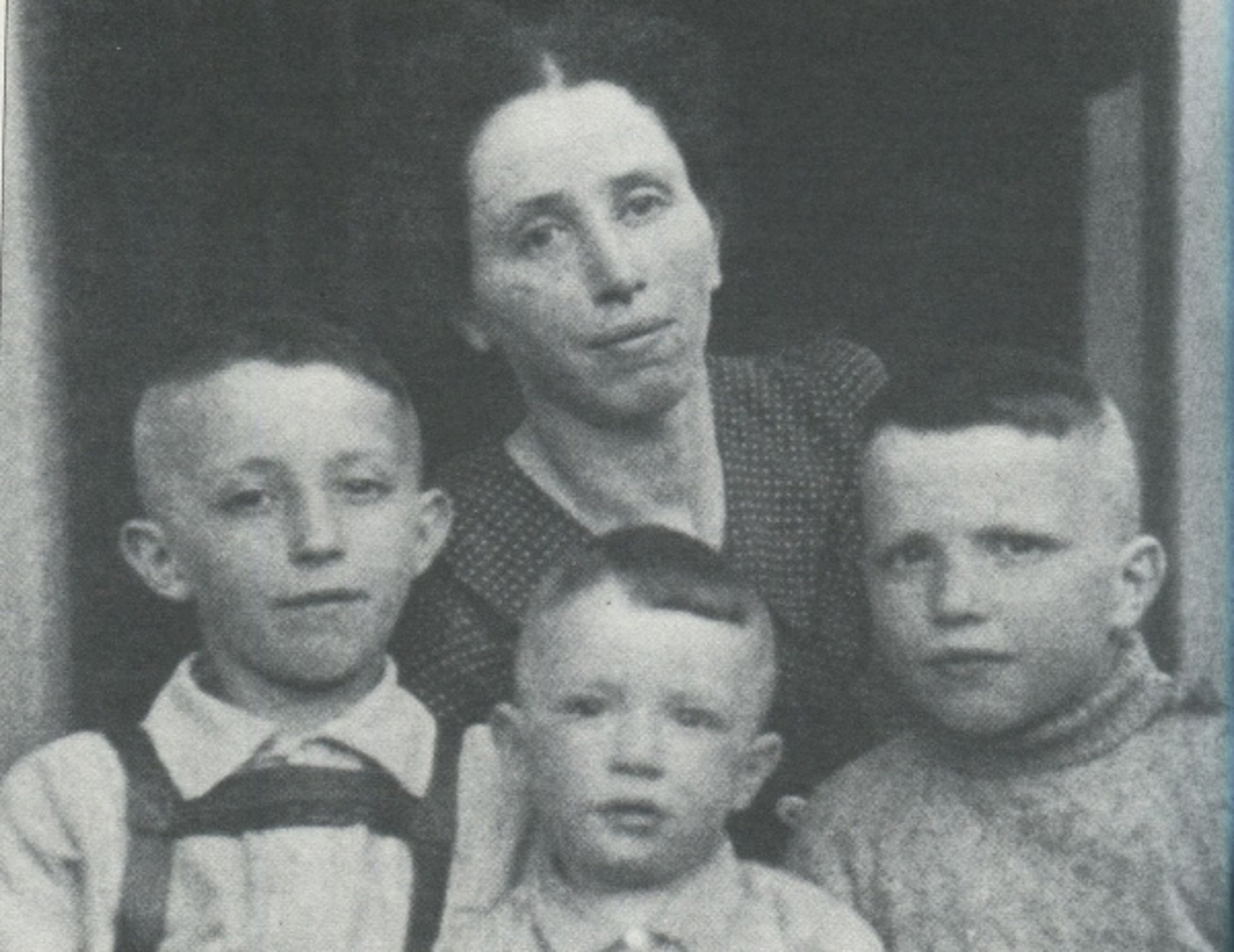 Melitta Hess with her sons